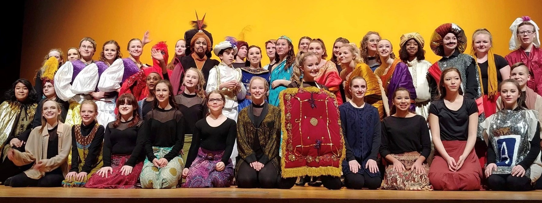 Junior High Show Choir presents Aladdin, Jr.